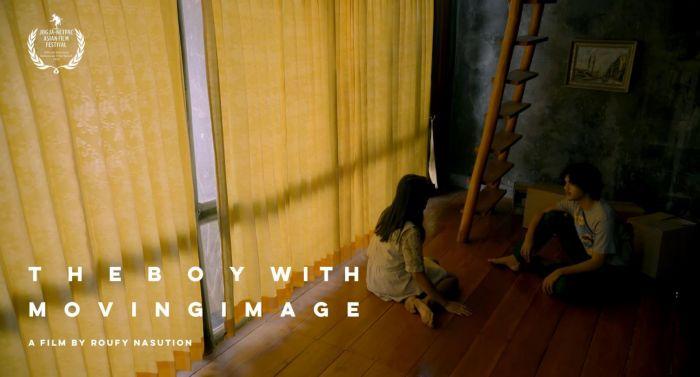 Film The Boy with Moving Image, Potret di Luar Kebiasaan Manusia.