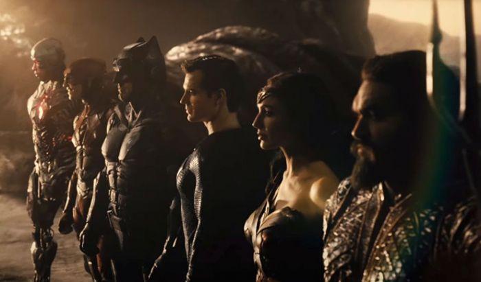 Deathstroke Tampil Lebih Badass di Foto Terbaru Justice League Snyder Cut