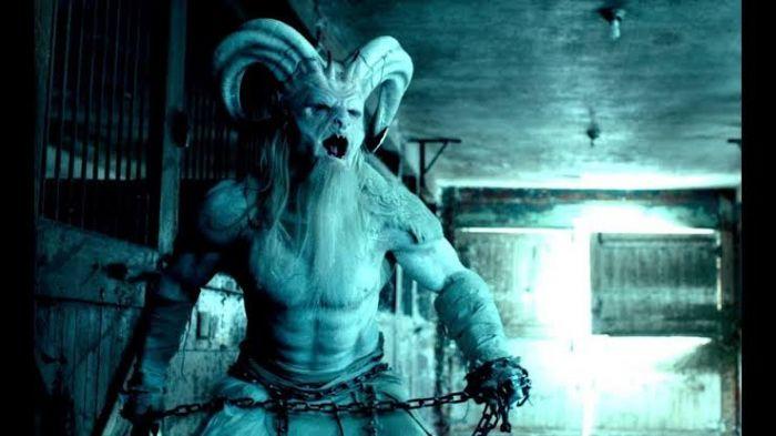 Rekomendasi Film Horor tentang Natal yang Bikin Parno.