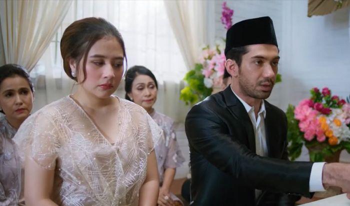 Reza Rahadian dan Prilly Latuconsina Menikah di My Lecturer My Husband
