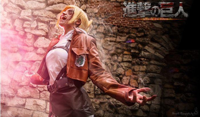Cosplay Annie Leonhart Attack on Titan