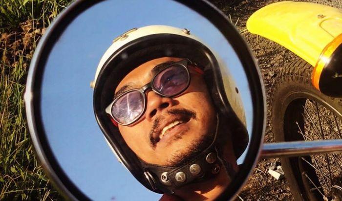 Aktor Film Indonesia Ence Bagus.