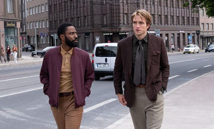 John David Washington dan Robert Pattinson.