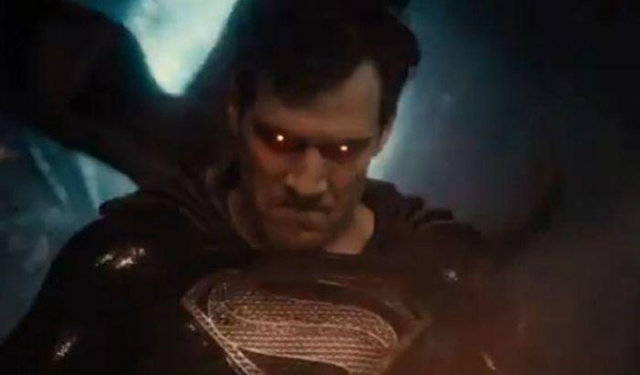 Superman dengan Kostum Hitam Tampak Marah di Video Terbaru Justice League Snyder Cut