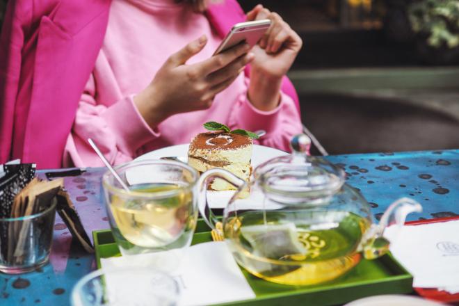 food-and-drink-apps-jwlez-332529-unsplash-1