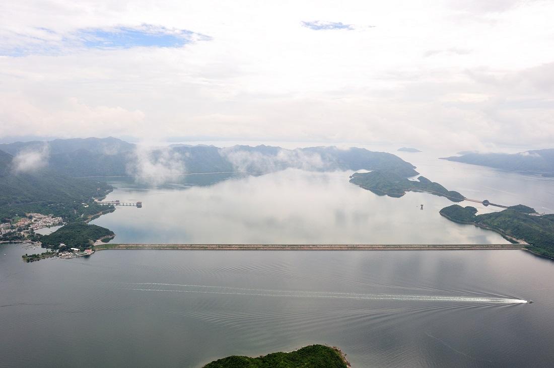 plover-cove-reservoir-water-dam-localiiz