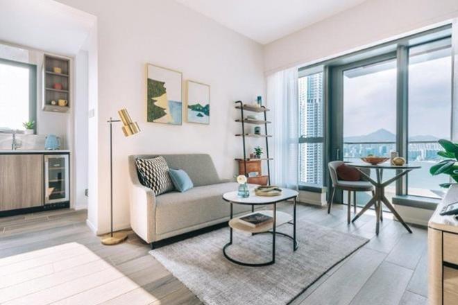 Waterfront Suites Hong Kong