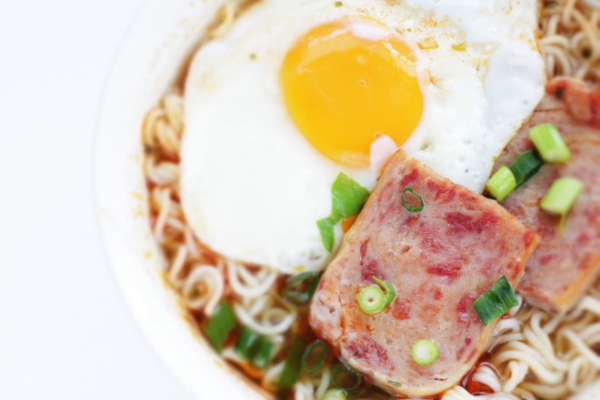 spam-and-egg-noodles-cha-chaan-teng