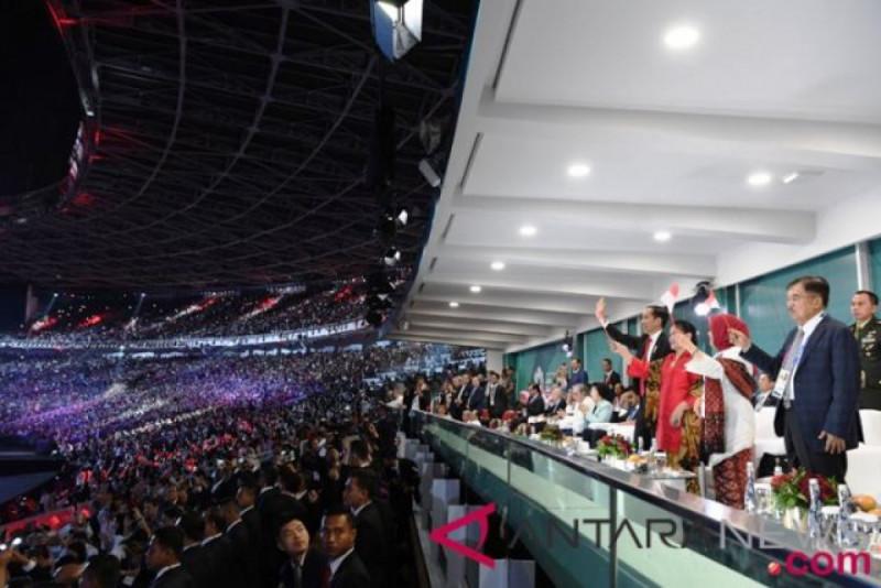 Suasana saat pembukaan Asian Games 2018 di Stadion Utama Gelora Bung Karno (SUGBK), Jakarta, Sabtu (18/8/2018). Foto: (doc/Antara)