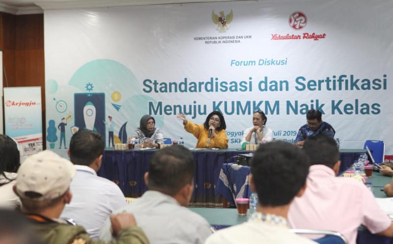 Acara forum diskusi bertema Standardisasi dan Sertifikasi Menuju KUMKM Naik Kelas, di Jogjakarta, Rabu (24/7/2019). Foto: Kemenkop.