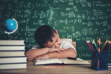 6 วิธีแก้ง่วงเวลาเรียน