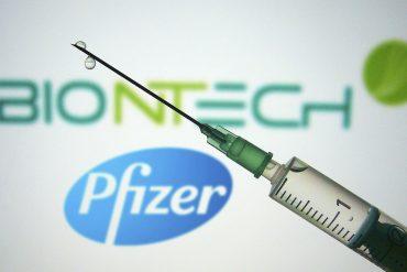 อังกฤษอนุมัติวัคซีน covid-19