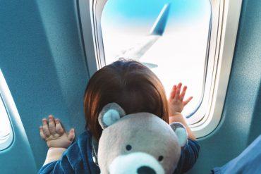 เคล็ดลับเมื่อบินกับเด็ก