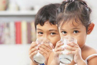เลือกนมสำหรับเด็ก