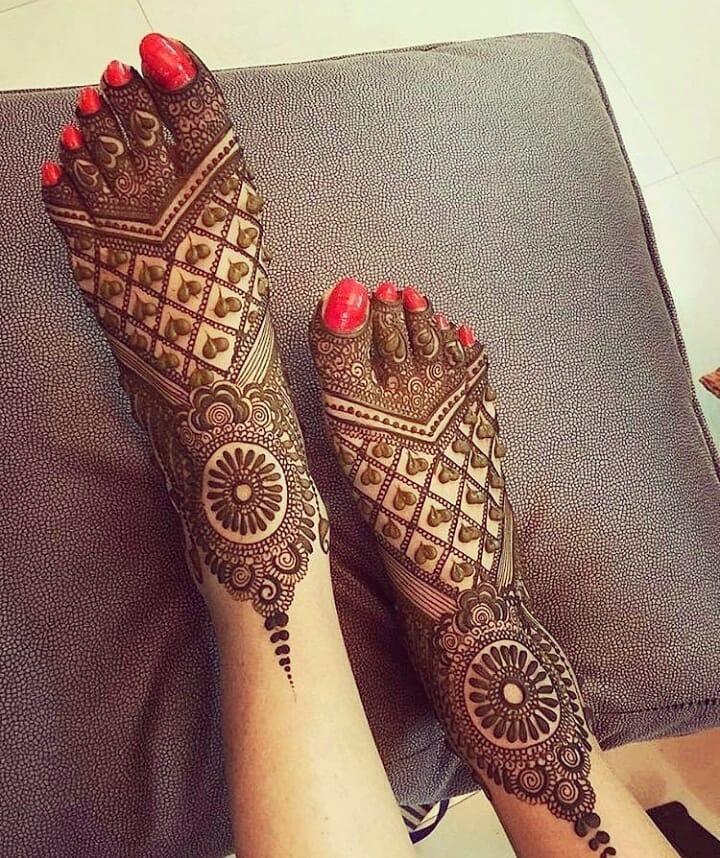 foot mehndi design easy