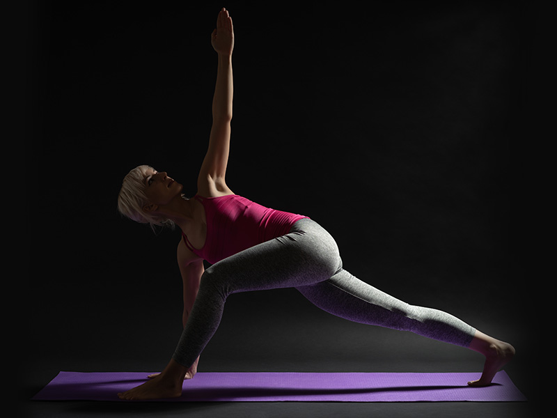 Low Lunge Twist Pose (Parivrtta Sanchal-asana)