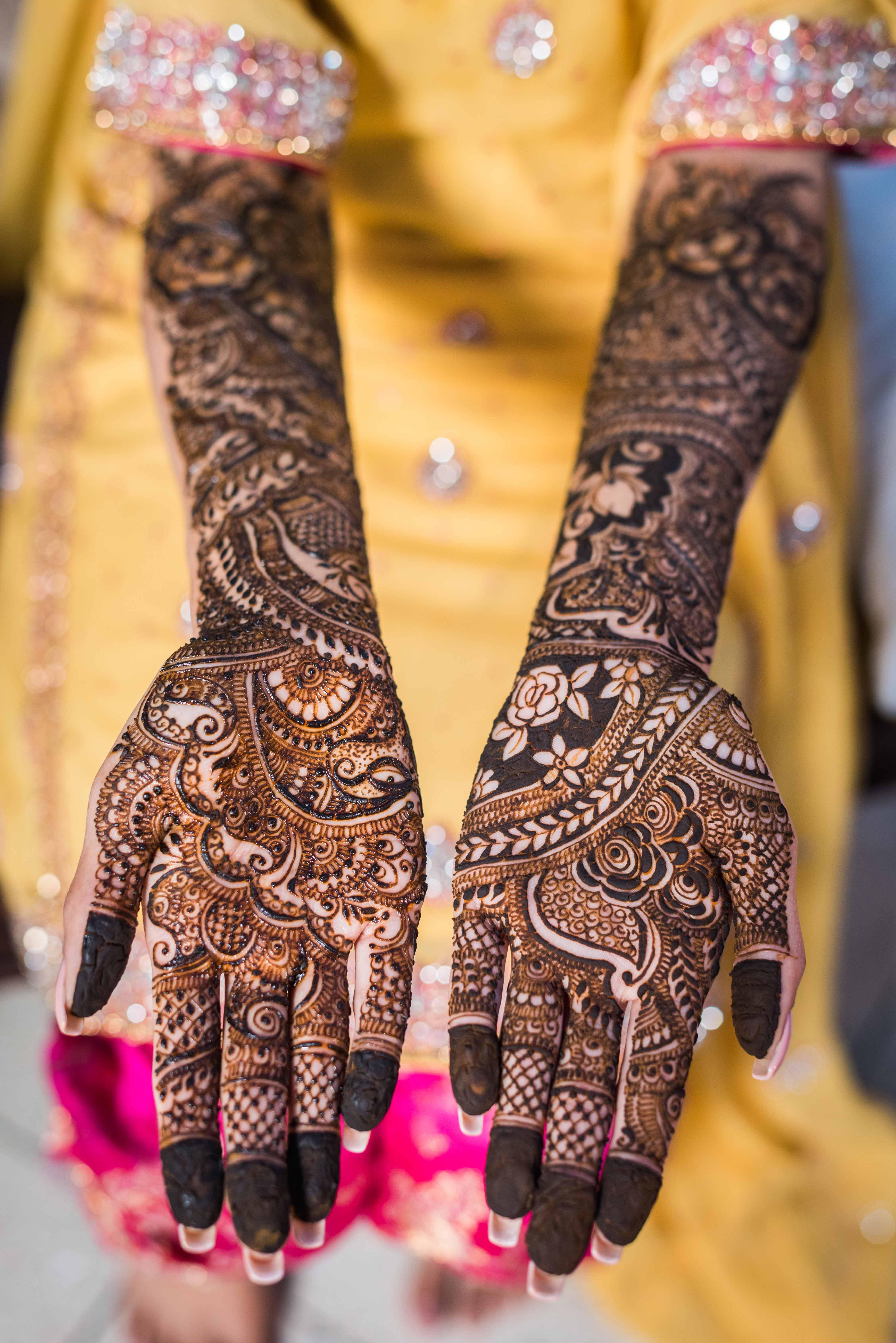 khafif mehndi design bridal