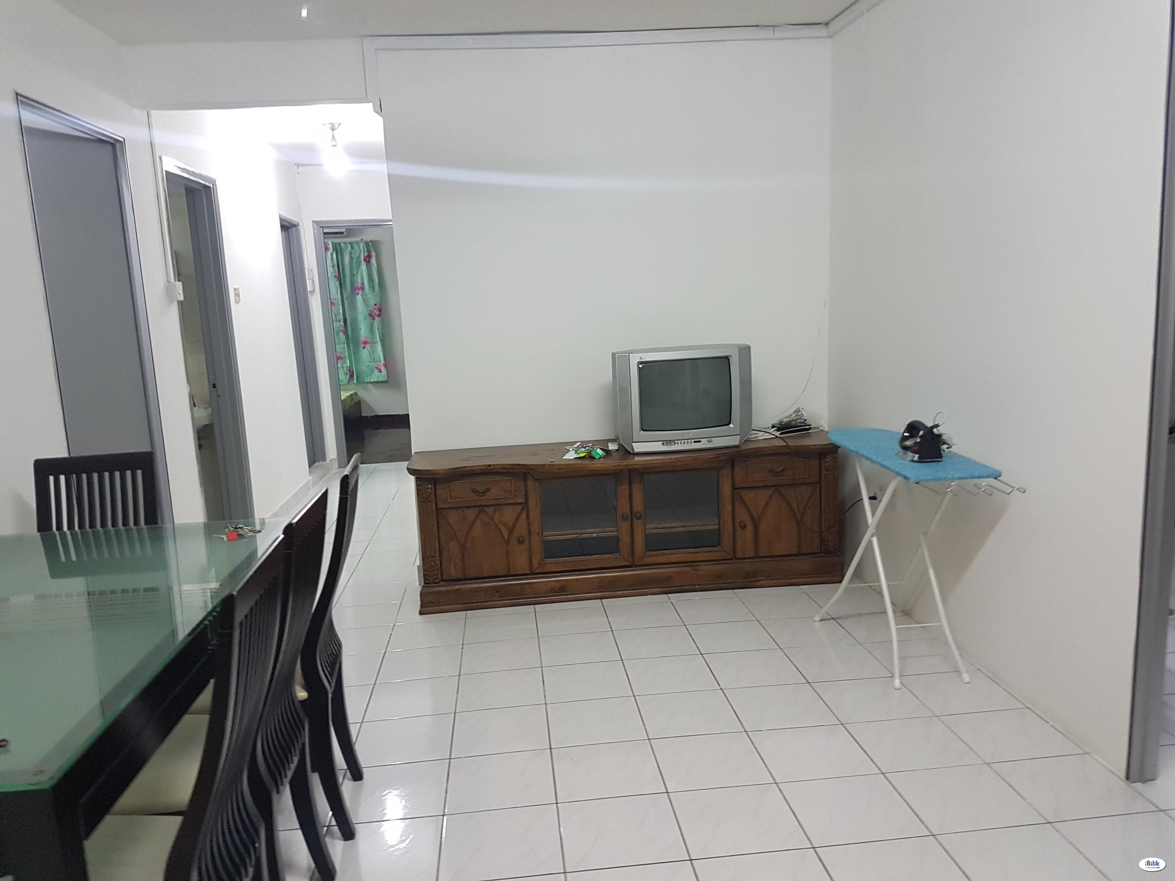 Find Room For Rent/Homestay For Rent Pantai Hillpark Phase 2