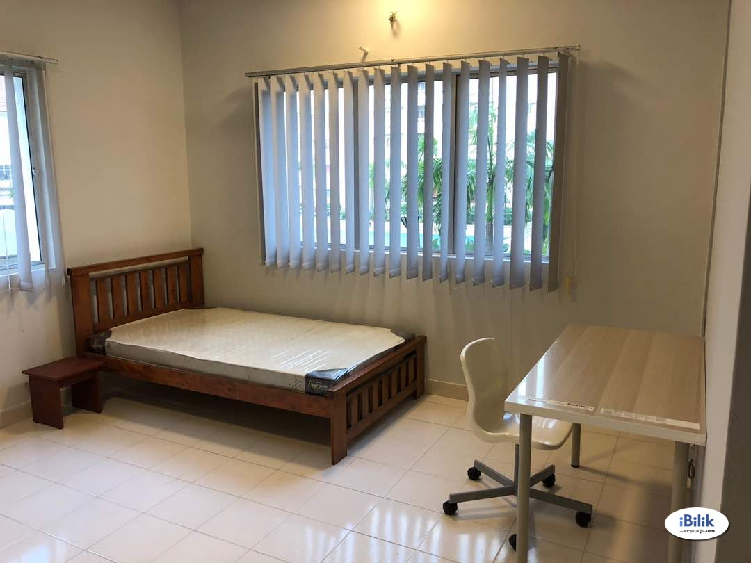 Single Room at SuriaMas, Bandar Sunway