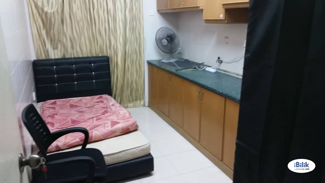 Girl House RM150. Fully Furnished Medium Room, Cyberia Smarthomes