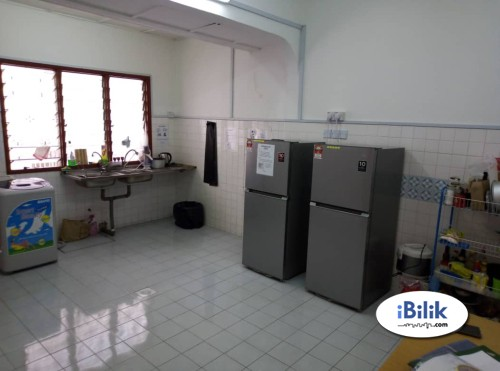 Available Room For Rent with Private bathroom at Bukit Jalil, with Aircon & WIFI Near LRT