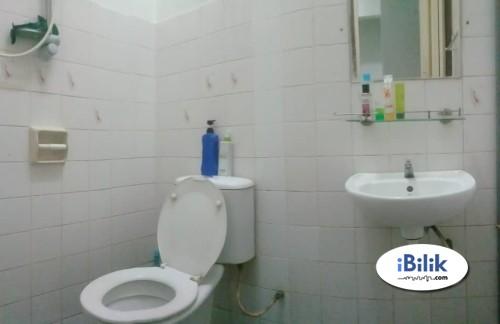 Room attach private toilet at Taman Mayang Jaya SS26