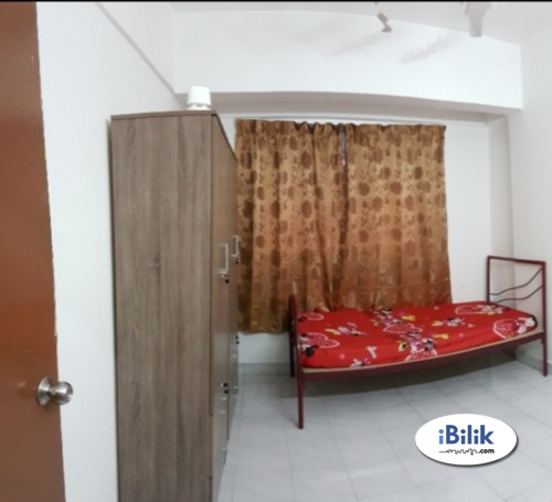 Available Bandar Kinrara Full Furnished Available Room Rent with free wifi