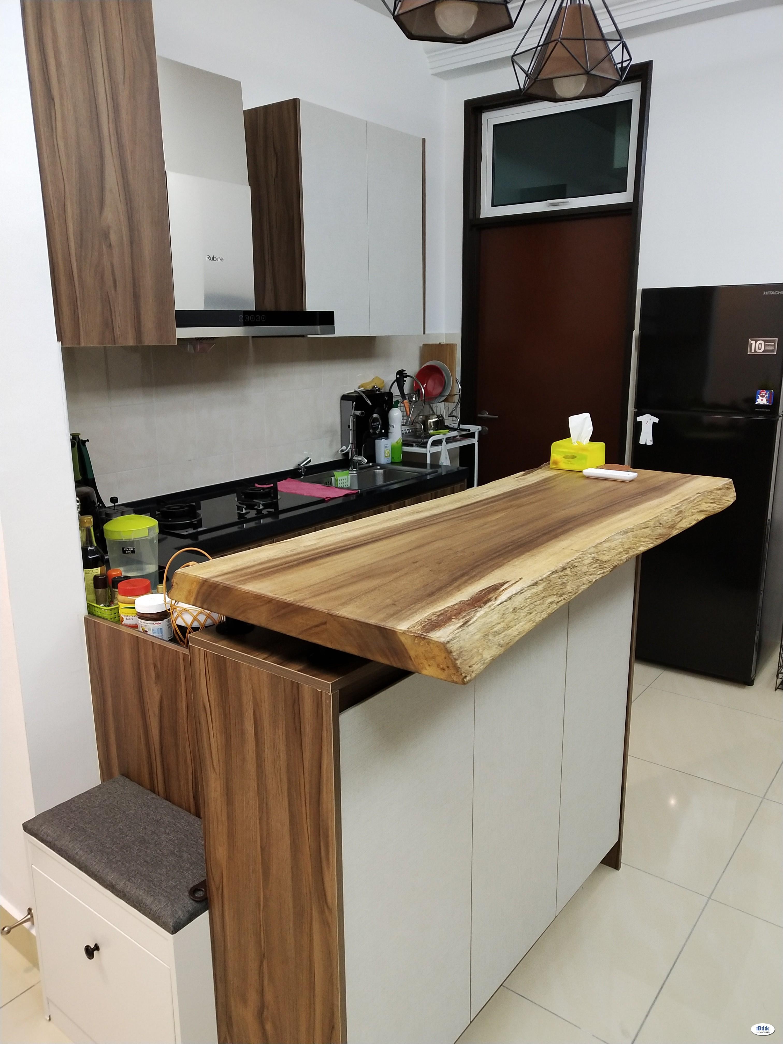 Boulevard Serviced Apartment Fully furnished Medium room+CarPark Jalan Kuching