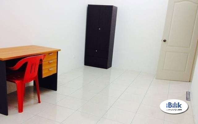 Room At Tropicana Indah, WALKING Thomson Hospital,SEGi University, MRT & WI-FI