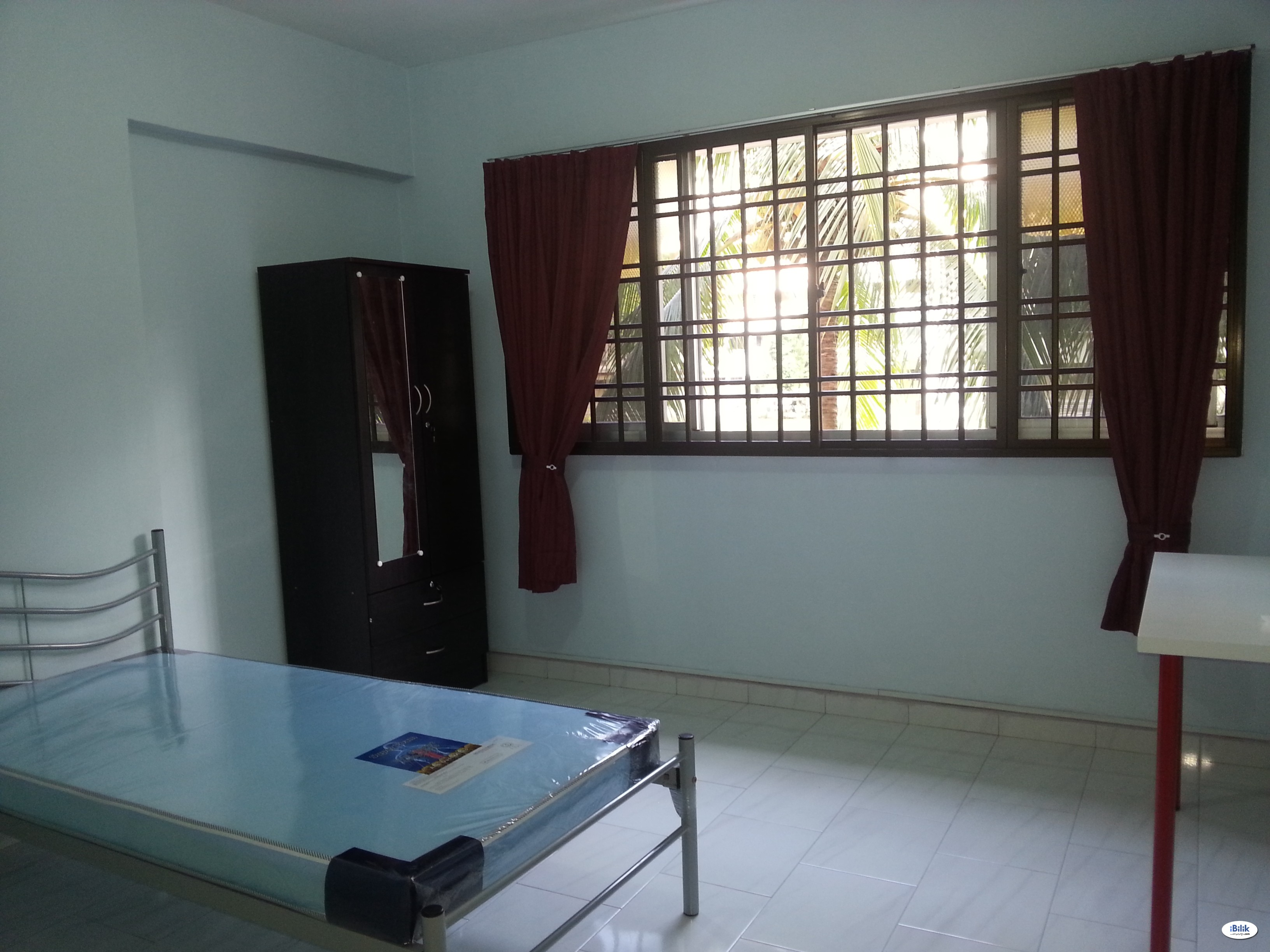 Middle Room at Hougang, Singapore