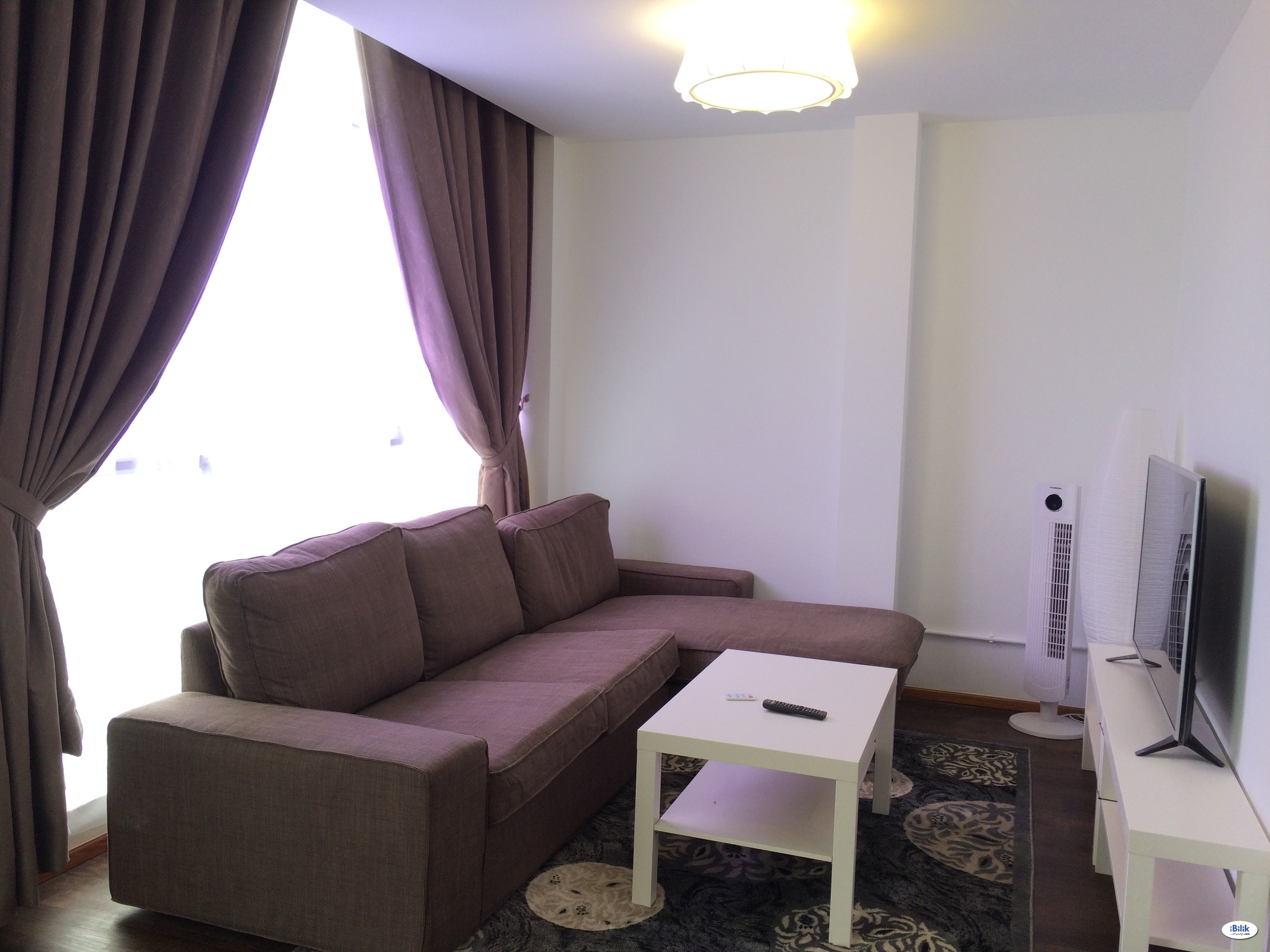 Fully furnished Medium room -Included Utilities- (Walk 5mins to Kelana Jaya LRT/ Close to Paradigm Mall, One Utama)