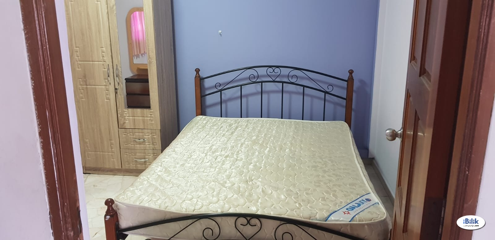 Master room at 807 woodlands street 81 for rent! Aircon wifi!