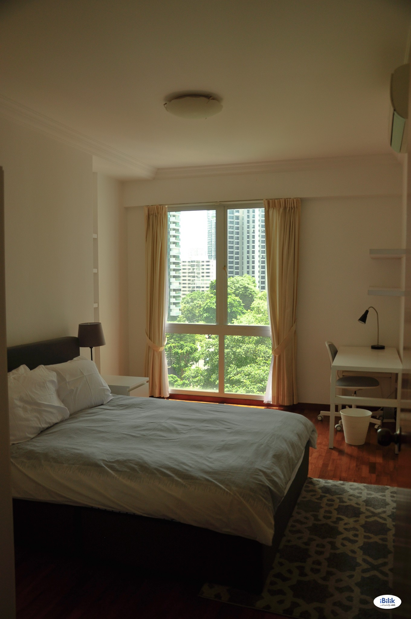 Single Room near Somerset MRT Station, Fully-Furnished, Available Immediately