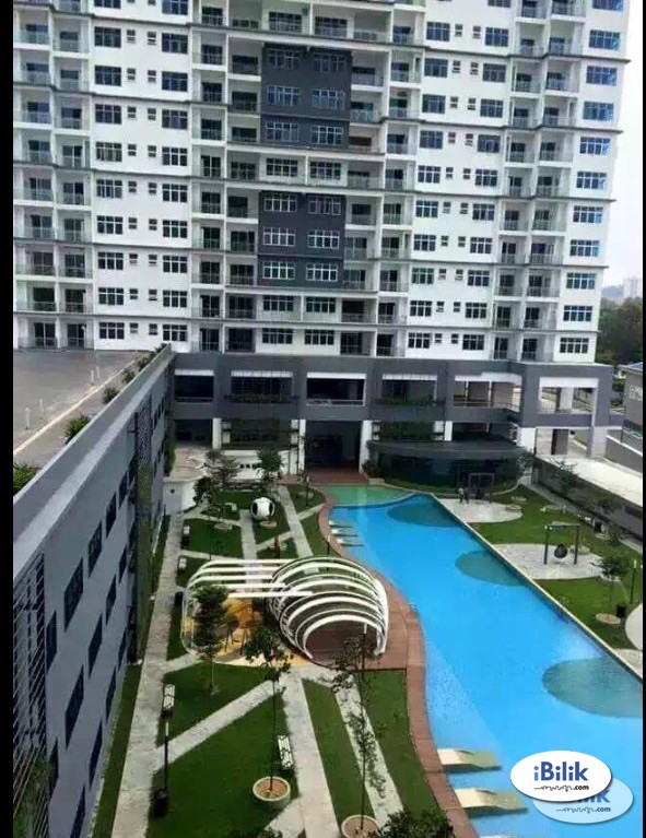 SkyPod- Master Room Walk to Lrt Station & IoI Mall