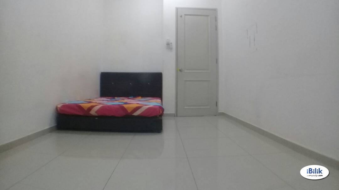 Available Medium Room 16 Sierra With Fully Facilities & Free High Speed Wi-Fi