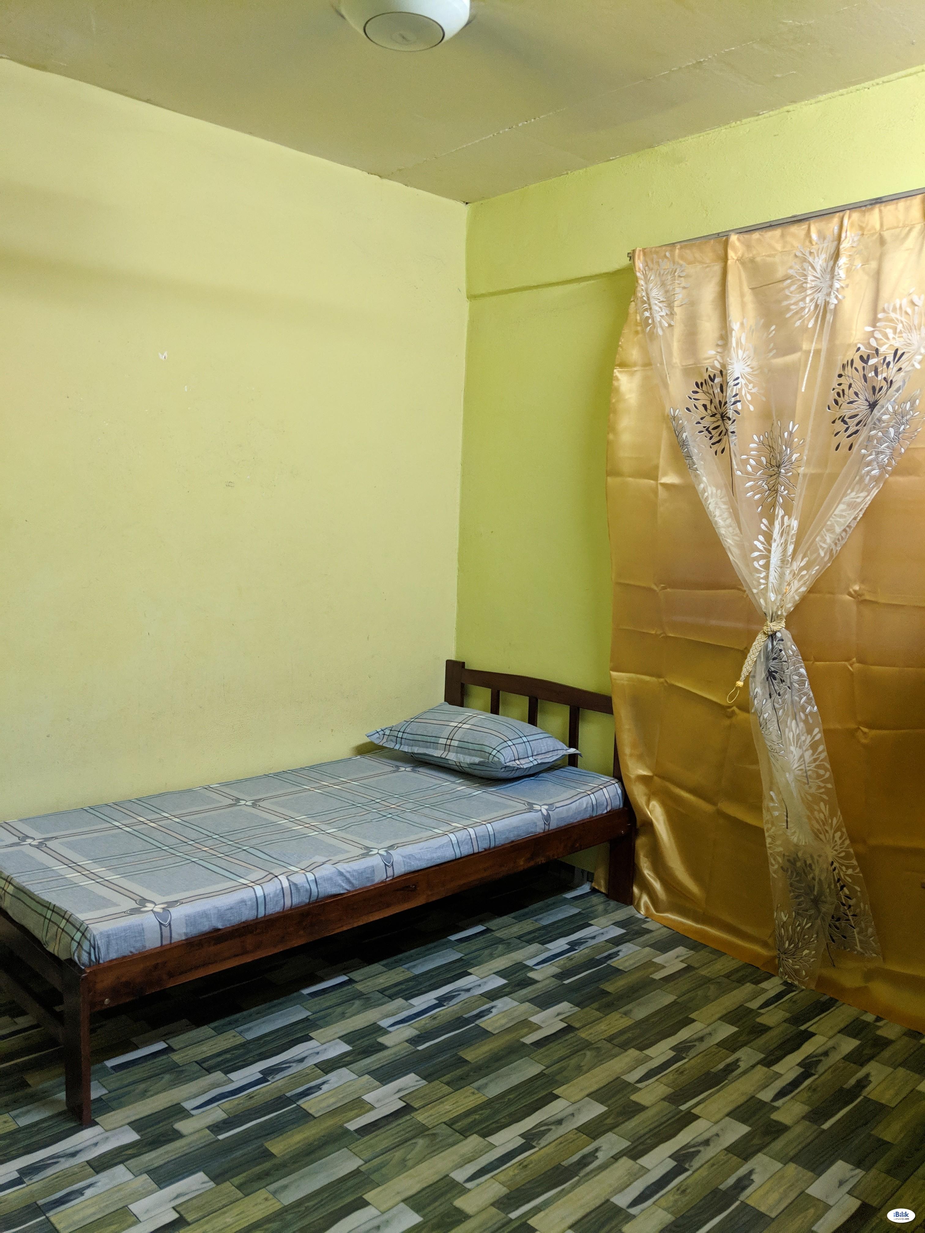 Room at Alma, Bukit Mertajam