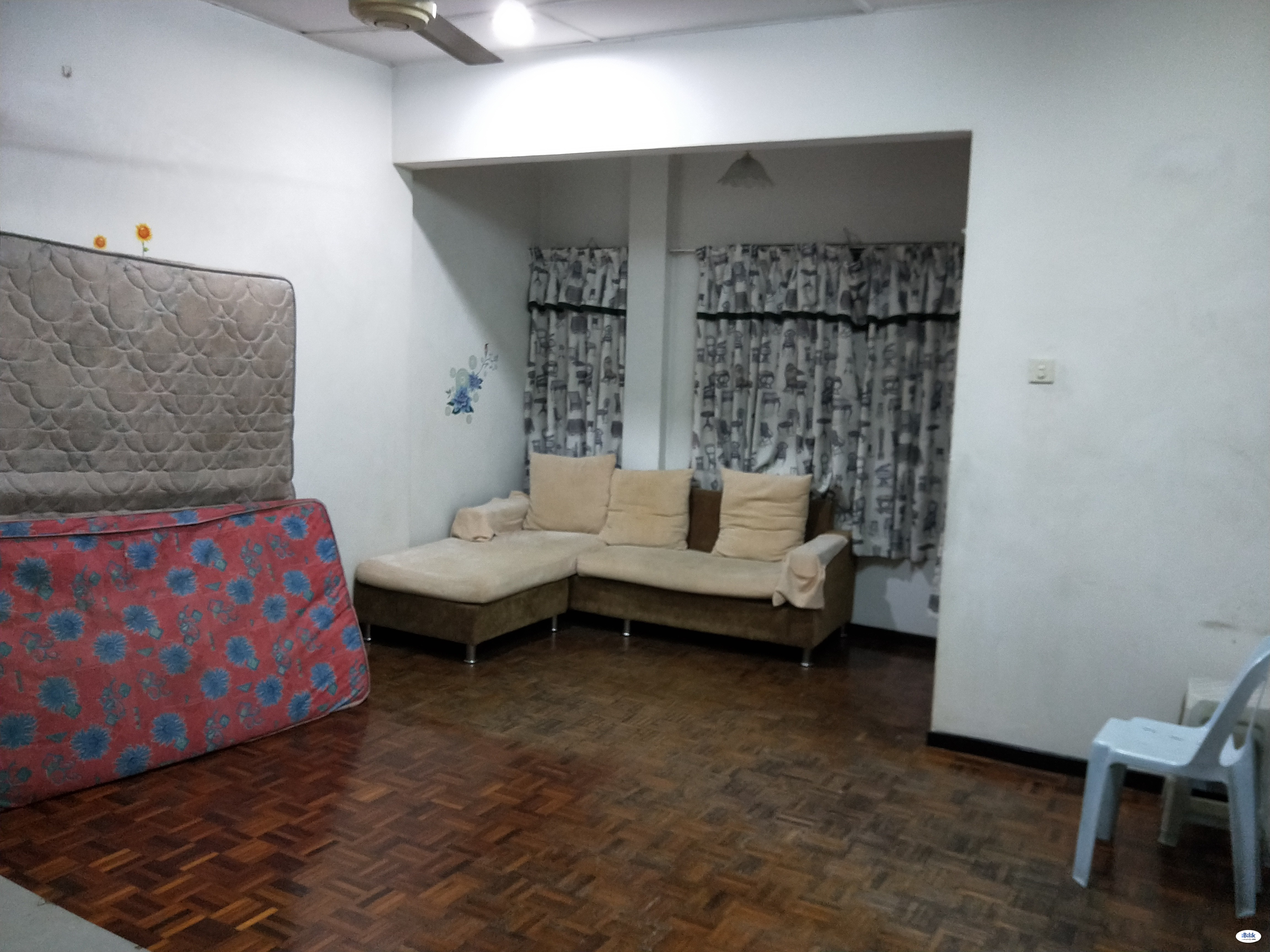 Master Room/fully furnished/aircond/incl  utilities/available now
