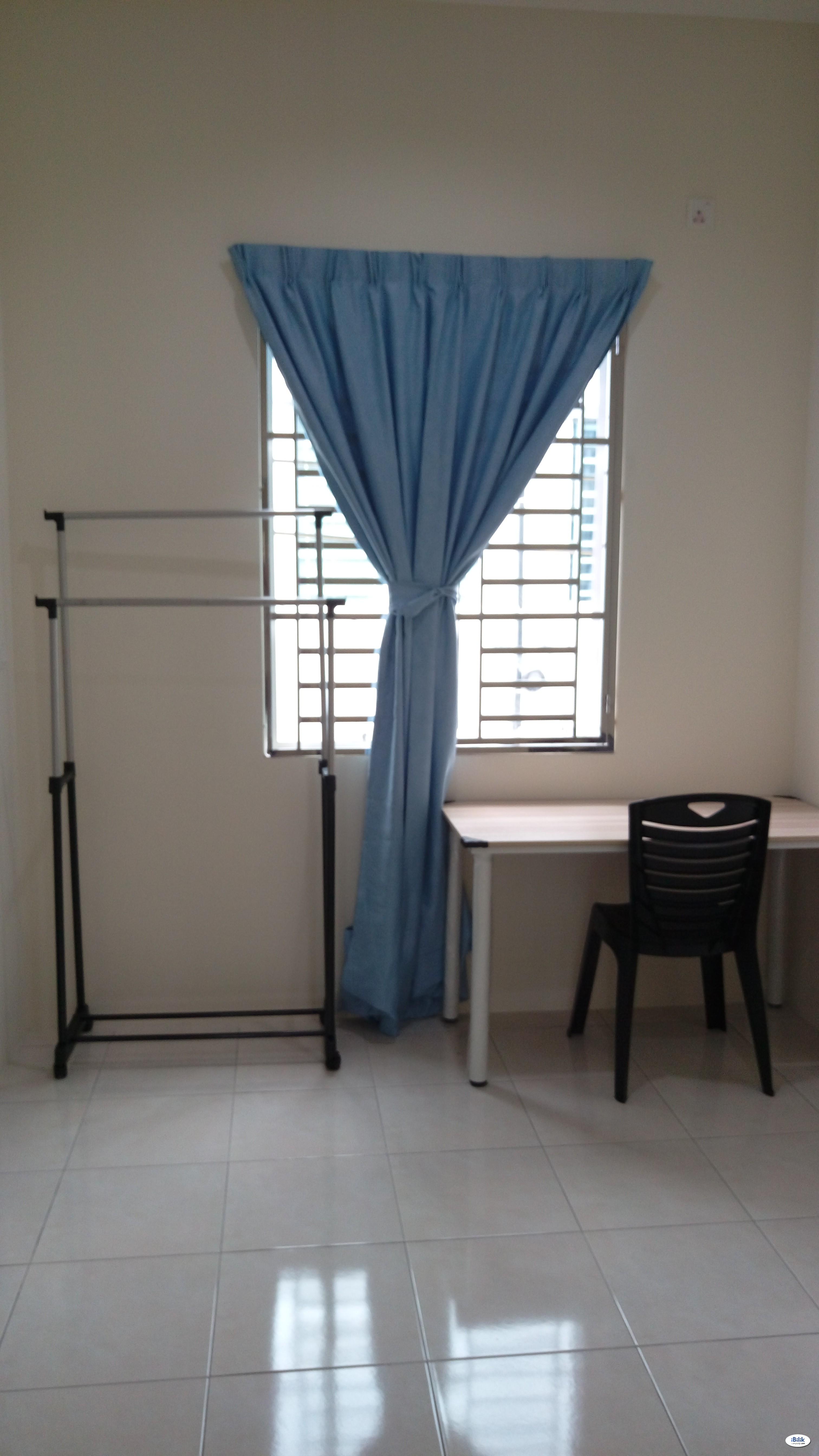 Single Room at Batu Kawan, Seberang Perai