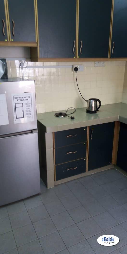 Available Room at Kota Damansara, The Strand , Dataran Sunway & High Speed Internet