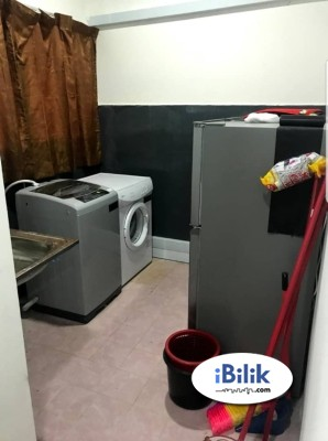 Kelana Jaya,5mins WALK LRT & Free High Speed Internet & Full Furnished
