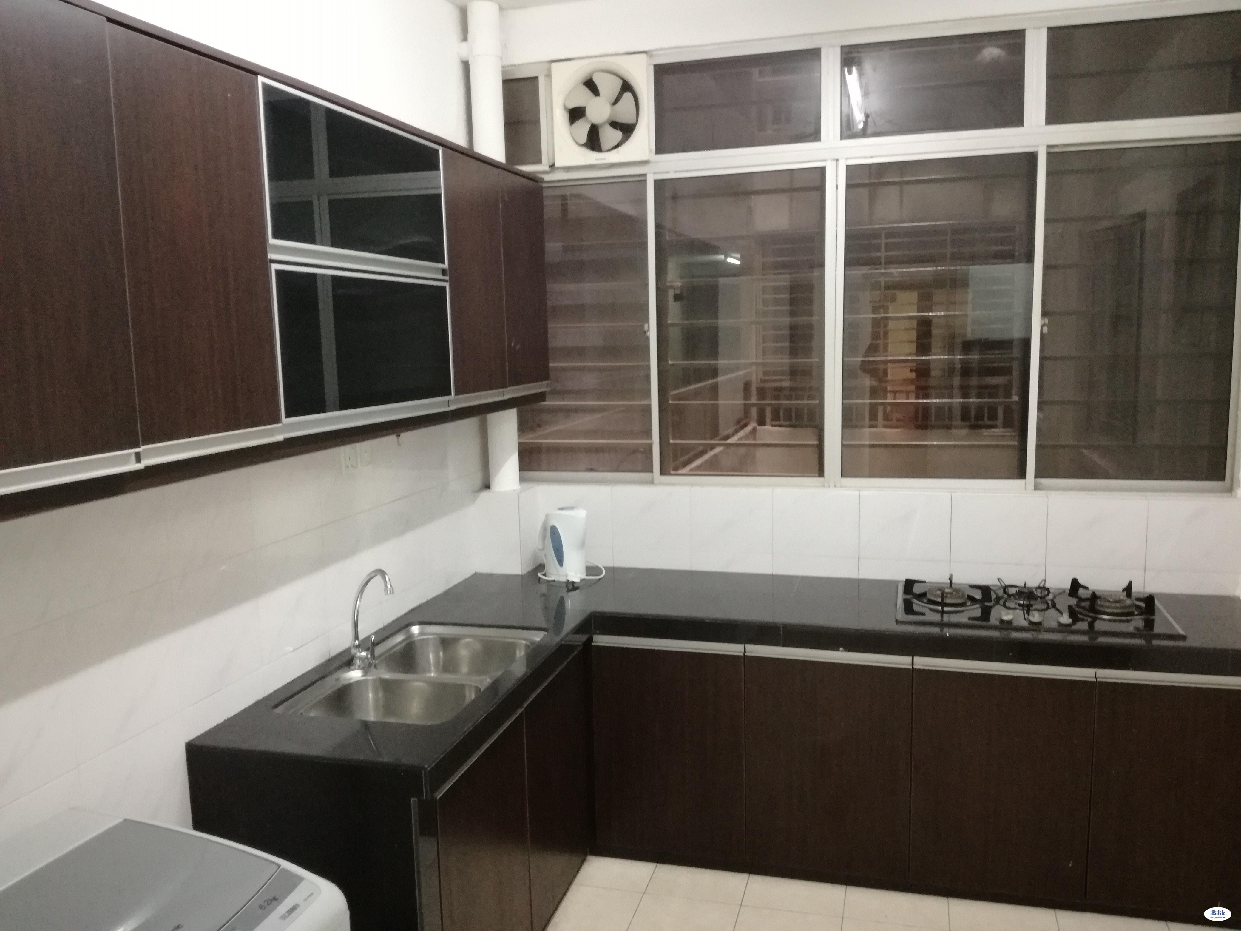 Master Room at SuriaMas, Bandar Sunway