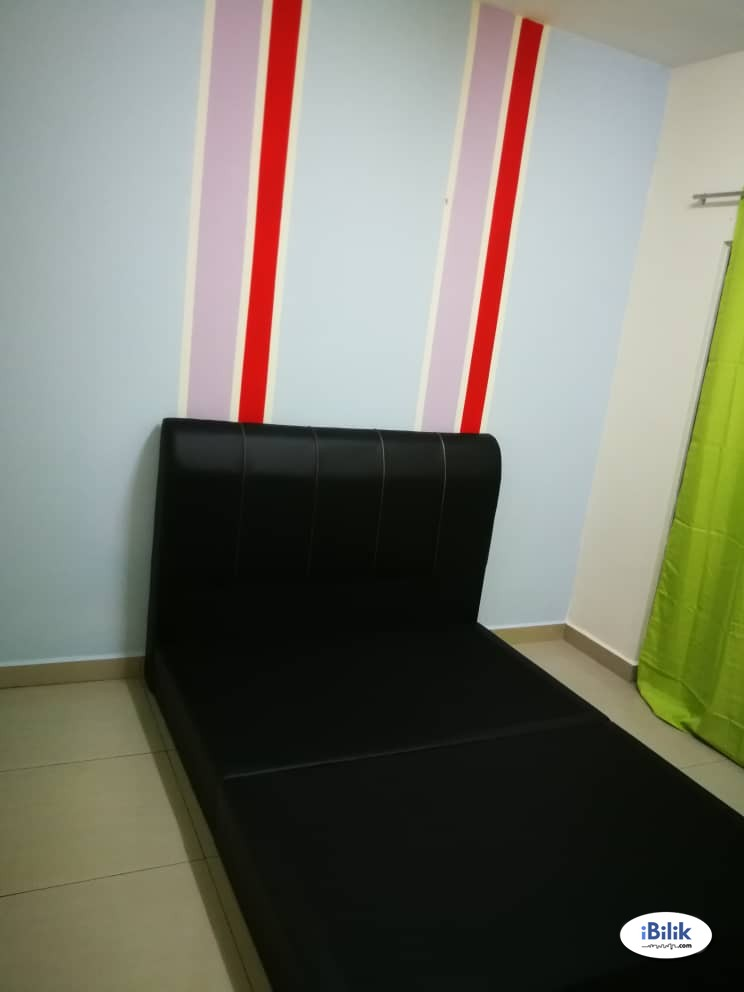 Single Room at SuriaMas, Bandar Sunway