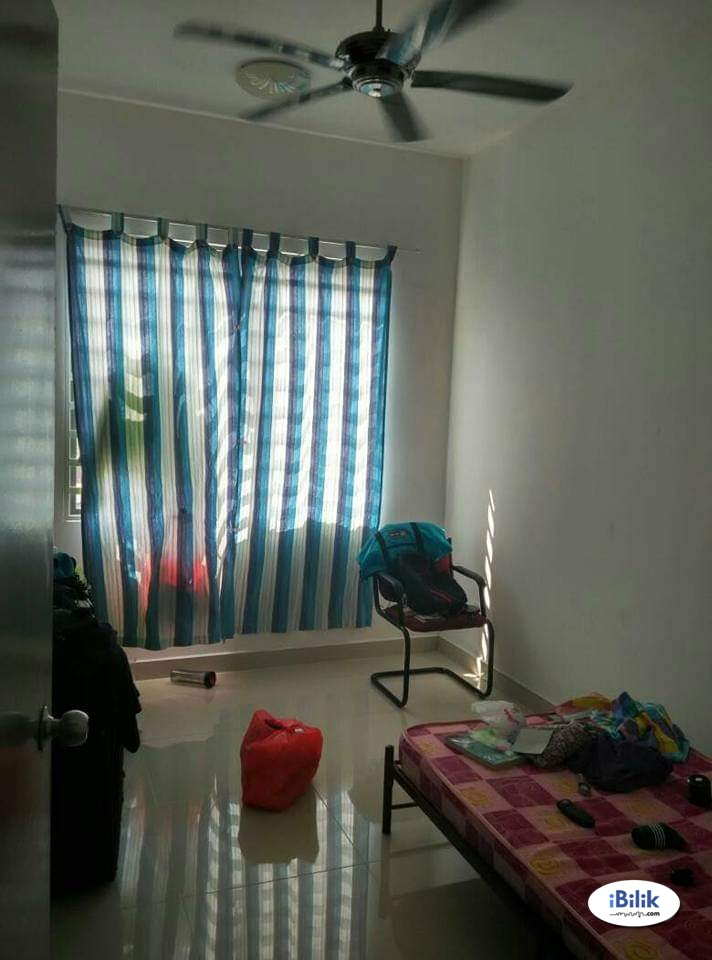 Small Room at Block A, Bayu @ Pandan Jaya, Pandan
