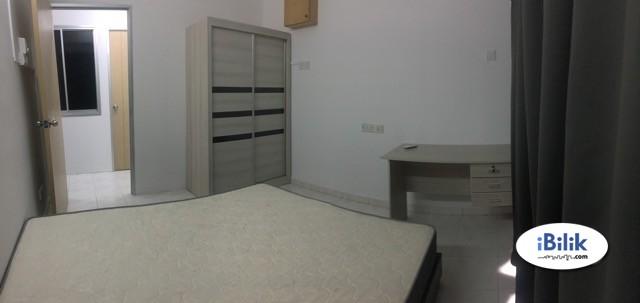 Master Room @ Midlands Condo near Gurney Plaza, Gurney Paragon n Berjaya Hotel