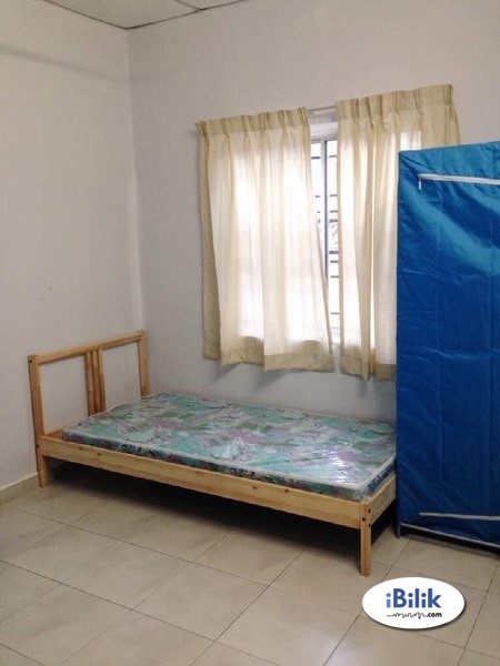 Available Single Room Rent at Bandar Puchong Utama, Near Industrial park With 100Mbps Wifi