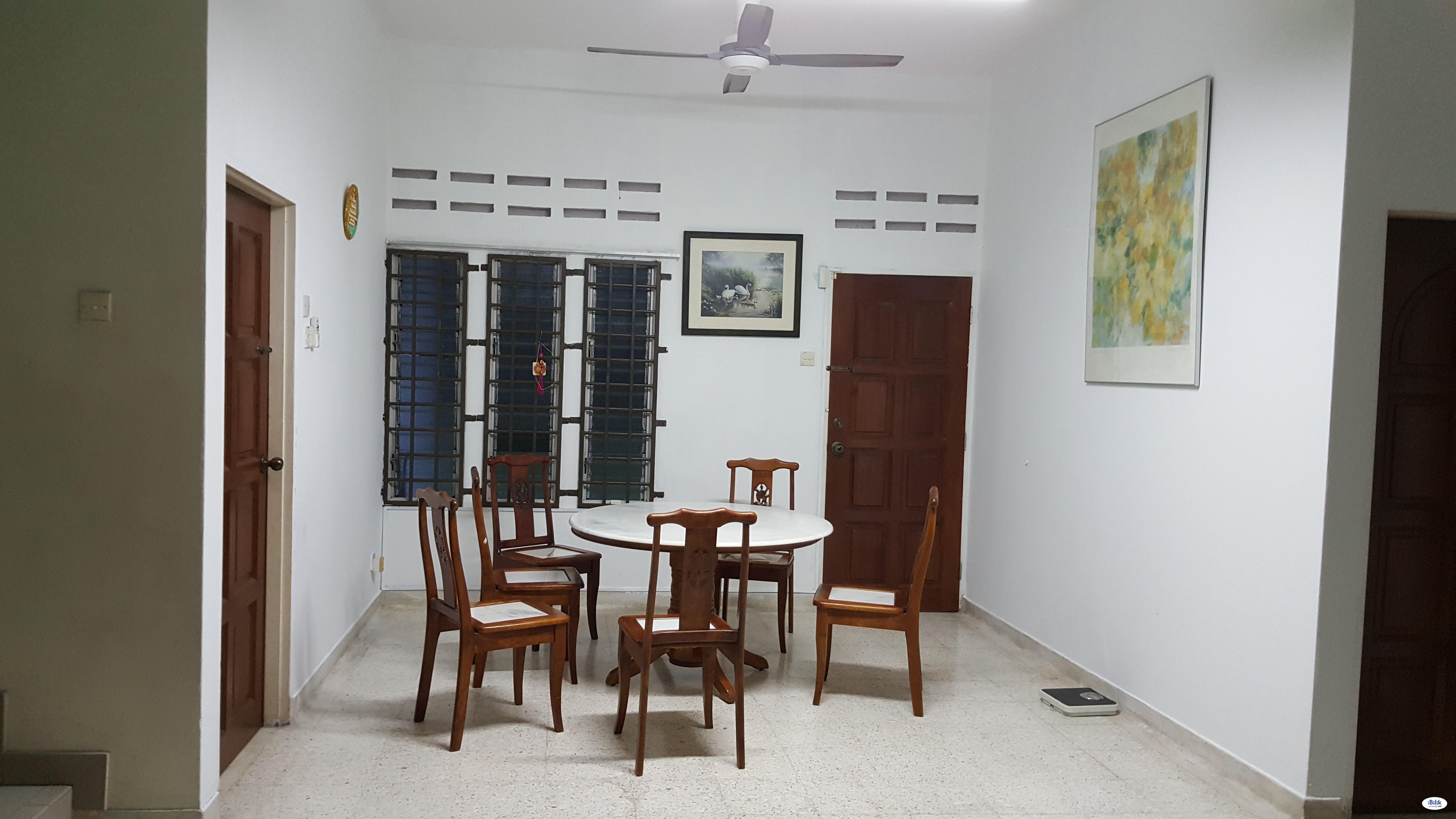 Seremban Master Room with Attached Bathroom To Let- Near Kemayan Sq, KPJ Hospital, Palm Mall, Gateway, HTJS