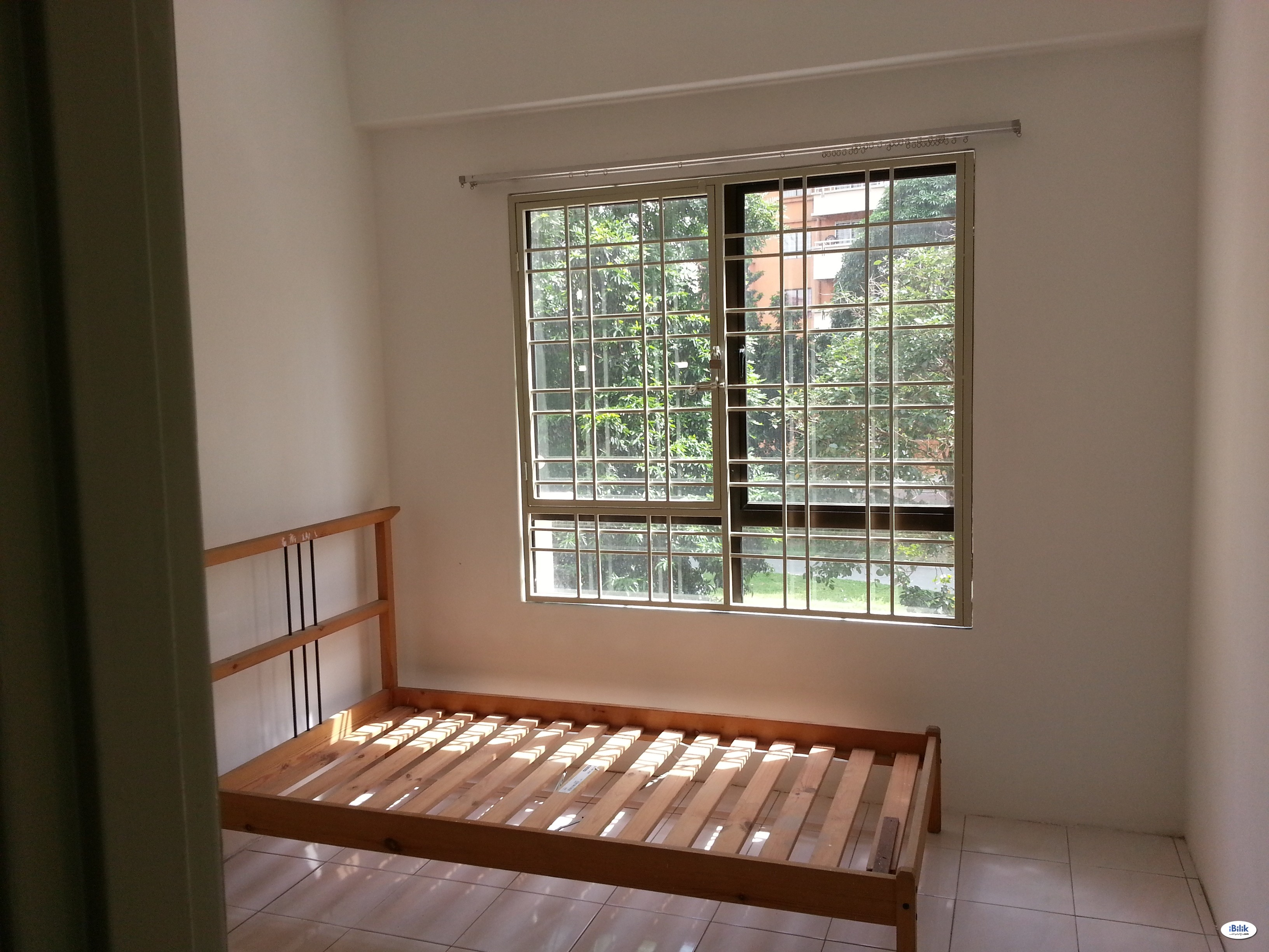 Middle Room at Vista Millennium, Puchong @ Malay Lady Only