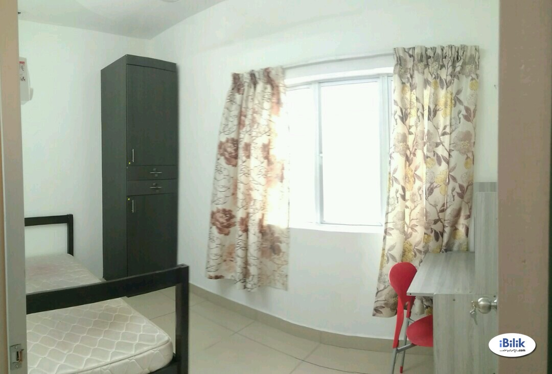 SINGLE ROOM beside SEGI TOWER , Kota damansara