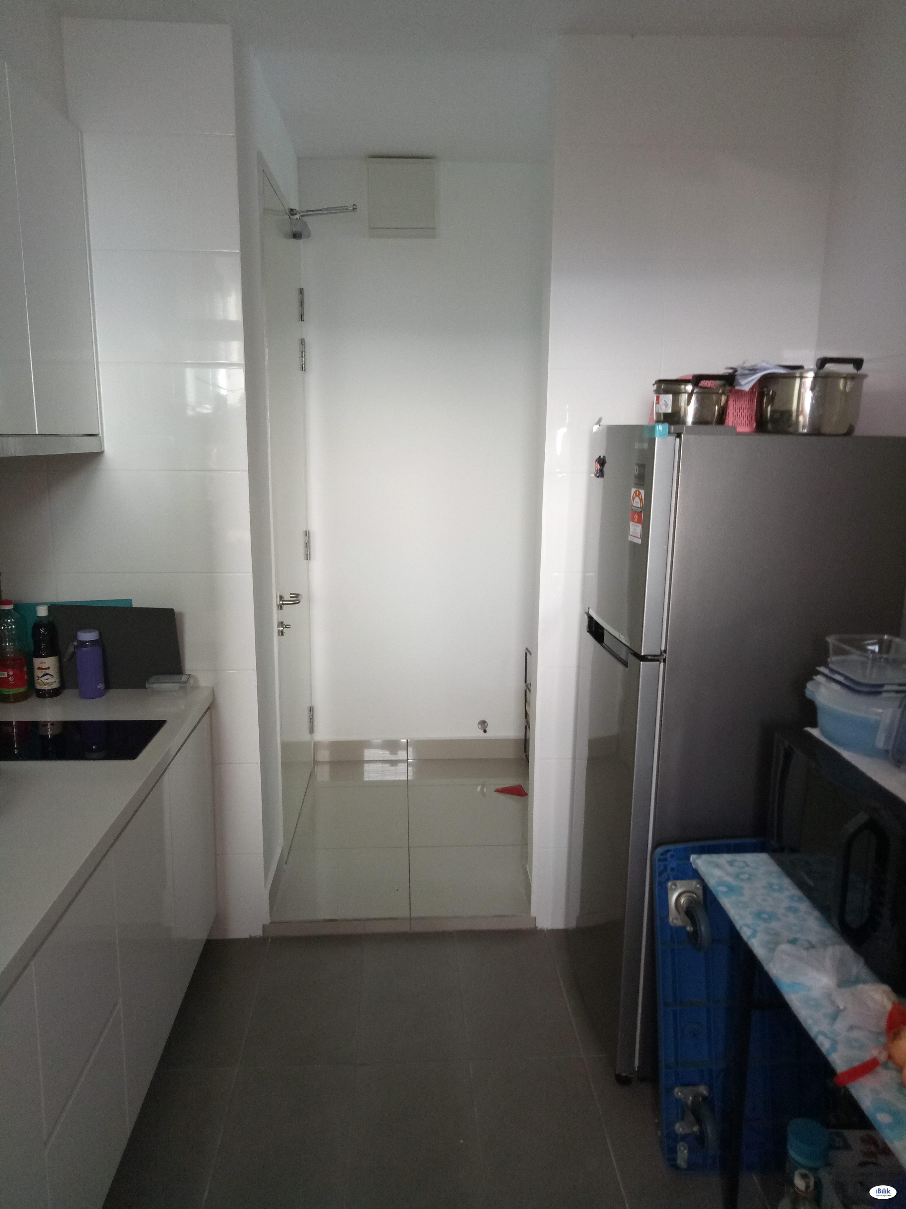 Middle Room at 3 Element, Bandar Putra Permai