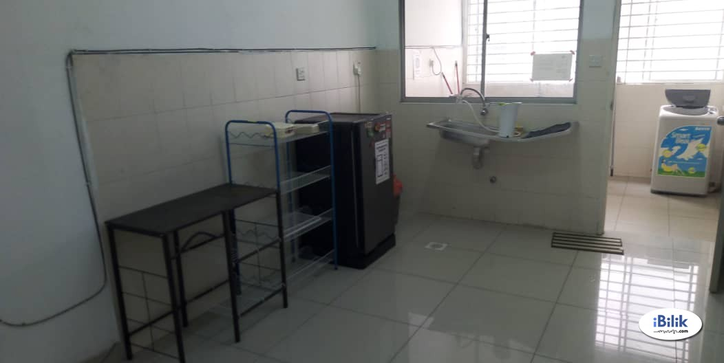 Single Room at Setia Alam, Shah Alam With Free WI-FI & Cleaning Services